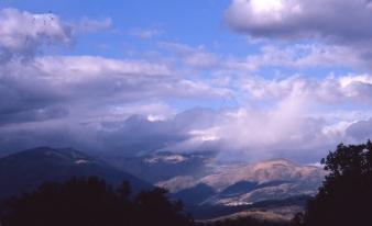Reforma en Valle del Jerte | Entorno | Foto: Mauel V Fdez